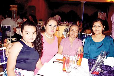 Regina Garibay, Rosario Hernández, Eloida Hernández, Gabriela Mendoza.
