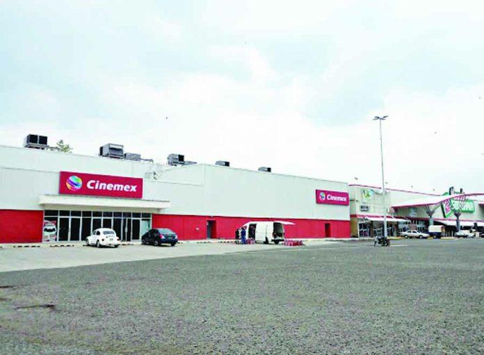 Frustran Asalto a Cinemex