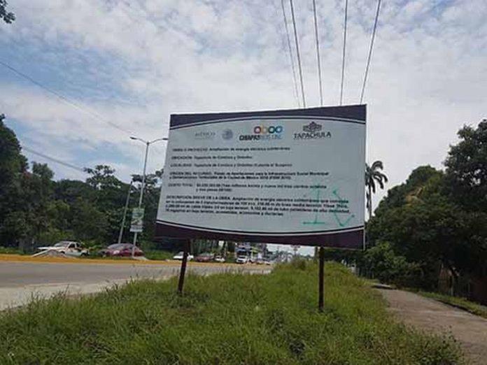 La obra de la red eléctrica con inversión por más de 3 millones de Pesos, desde el mes de octubre del año pasado permanece inconclusa.