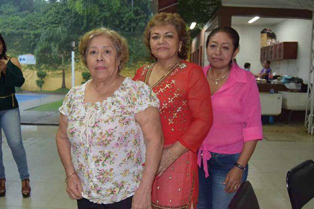 María Herrera, Doris Arriaga, Norma Hernández.
