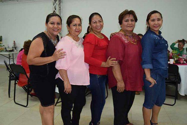 Santy Girón, Sandra Mejía, Adalie Reyes, Imelda Méndez, Angélica Suárez.