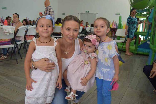 María Emilia, Beba, María Paula, Luciana Melgar.