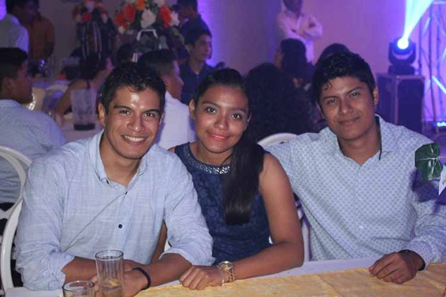 Fernando, Citlalli, Alejandro Romay.
