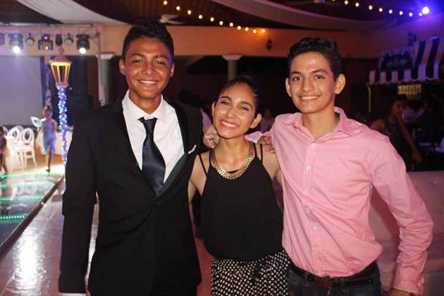 Ulises Cruz, Fernanda Peña, Bryan Leyva.