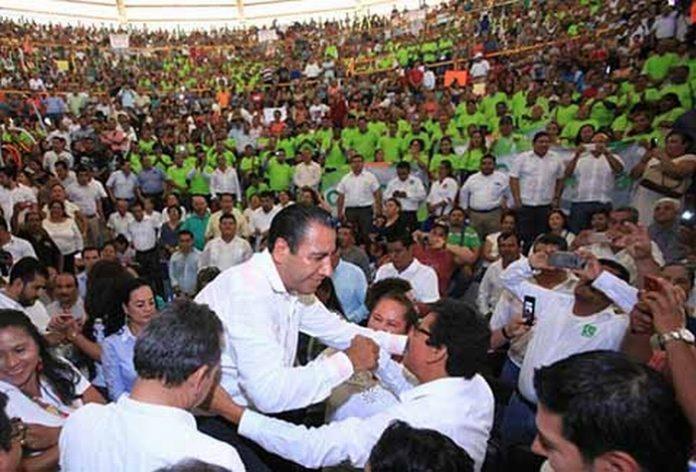 En las instalaciones de la Feria Mesoamericana, el Presidente del Congreso del Estado Eduardo Ramírez Aguilar, dio a conocer pormenores de su acción legislativa.