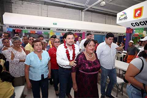 Con el Impulso a los Mercados Tradicionales Tuxtla dio un Paso Adelante: Fernando Castellanos