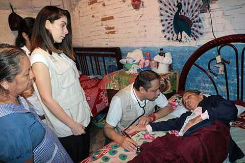 Continúan Apoyando a Familias Damnificadas de Tuxtla