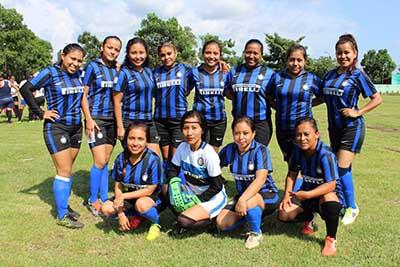 Chicas Club Gana a Shekina