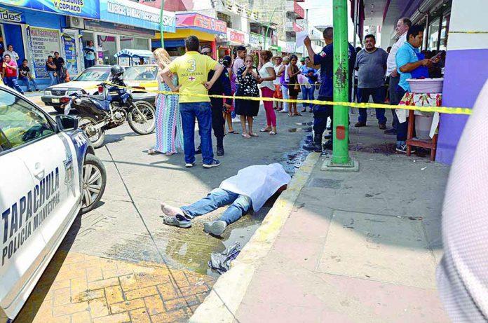 Muere de un Infarto en la Calle