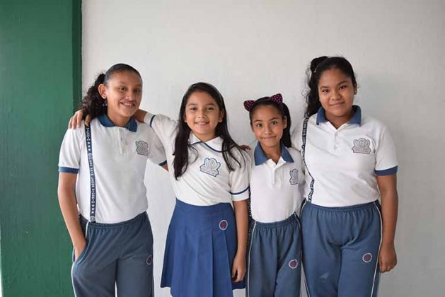 Citlalli Fuentes, Hadasa López, Carla Agudo, Romina Solís.
