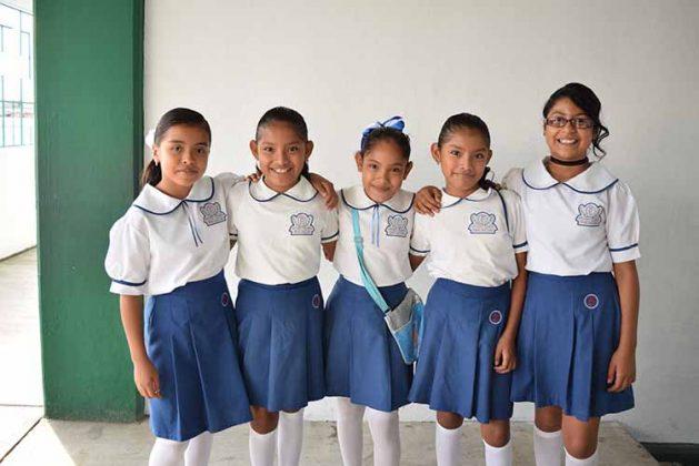 Xiena Buenrostro, Sadai Aguilar, Monserrath Ramírez, Sandy Aguilar, Valeria Solórzano.