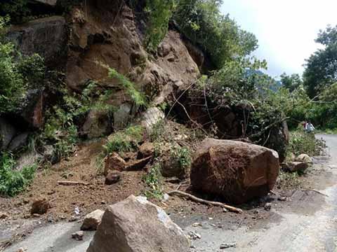 Derrumbes Impiden el Acceso en 15 Comunidades del Soconusco