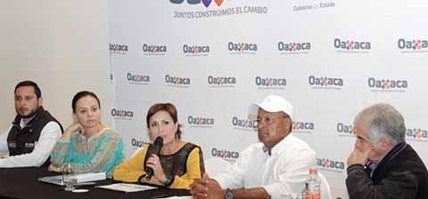 El Apoyo a Oaxaca y Chiapas Permanecerá: Rosario Robles