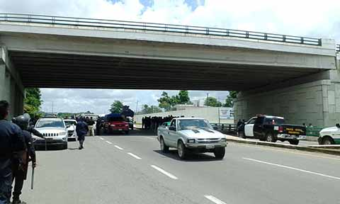 Policía Estatal Restablece Libre Tránsito en la Región Soconusco