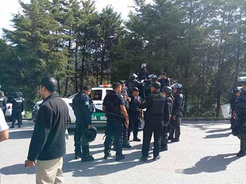 Emboscan a Policías en Desalojo a Bloqueo Carretero en San Cristóbal de las Casas