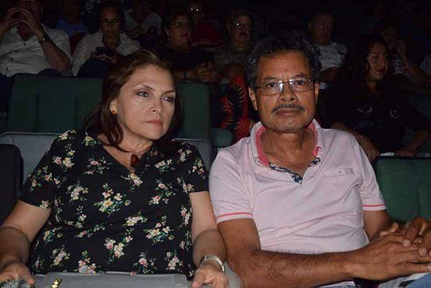 Cora Victoria, Alejandro García.