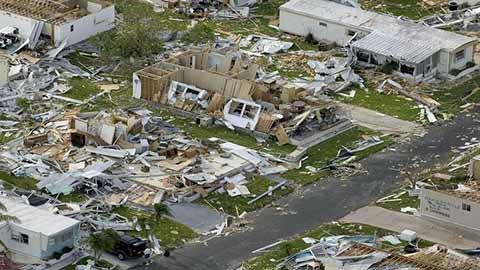"""Huracán """"Irma"""" Arrasa el Caribe; Florida y Cuba se Preparan Para una Catástrofe"""