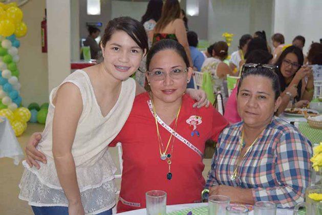 Ana Camacho, Anel Maldonado, Guadalupe Morfin.