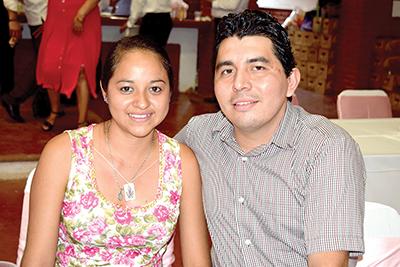 Shirley Domínguez, Luis Arrevillaga.