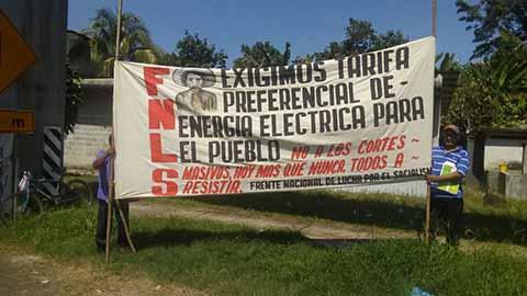 En Protesta Contra CFE, Campesinos Bloquean el Tramo Km 10-Talismán