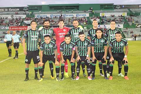 """Ante una entrada de poco más de 5 mil 800 aficionados que se dieron cita en el Estadio """"Manuel Velasco Coello"""", los cafetaleros de Tapachula lograron una importante victoria como locales."""