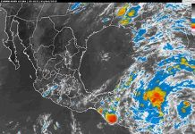 Onda Tropical No. 38 Genera Tormentas en Sureste de México