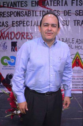 Héctor Lazos, participo como panelista en la semana de la contaduría.