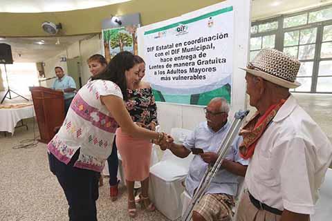 """Arranca DIF Chiapas programa """"Salud Visual Para Adultos Mayores"""""""