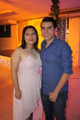 Ximena Hernández, Carlos Roblero.