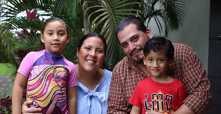 Familia Cárdenas Choy.