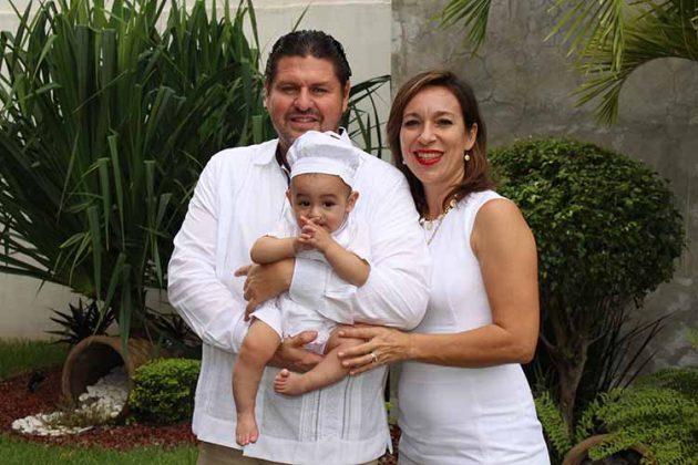 Omar Maldonado, Juan Pablo Escobar, Lizbeth Pohlenz.