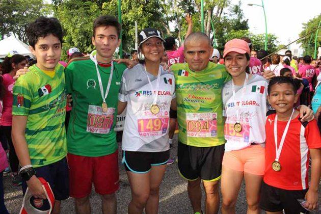 Ricardo Méndez, Miguel Hayashi, Montserrat Galván, Valeria Hernández, Santiago Hernández.