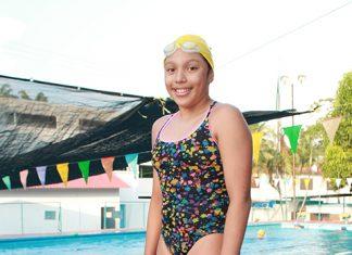 Nadadora Tapachulteca Lista Para su Participación en Guatemala