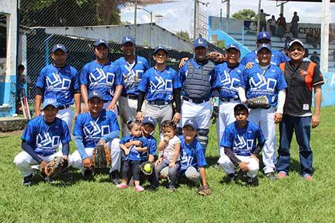 Deportivo Lujo Construcciones Apalea a Tigres