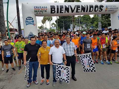 Realizan 4a. Carrera Atlética Universitaria Contaduría 2017
