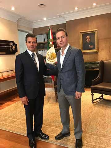 El presidente de México, Enrique Peña Nieto y el gobernador de Chiapas, Manuel Velasco Coello, revisaron los avances de la reconstrucción en las zonas afectadas por el terremoto del pasado 7 de septiembre.