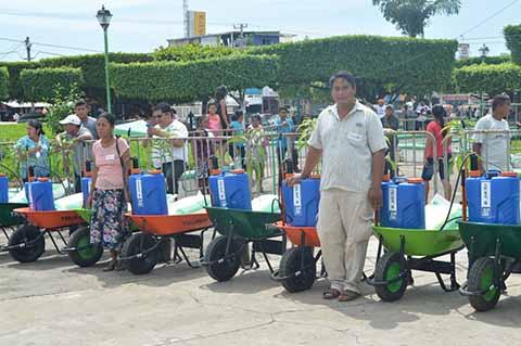 Productores Afectados por el Terremoto Reciben Seguro Catastrófico de SECAM