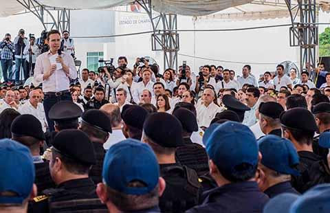 El gobernador Manuel Velasco reconoció que la debida coordinación con el Gobierno de la República ha dado resultados en materia de seguridad.