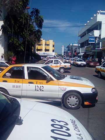 Transportistas Clausuran Terminales Piratas Exigen Reordenamiento de Unidades Foráneas