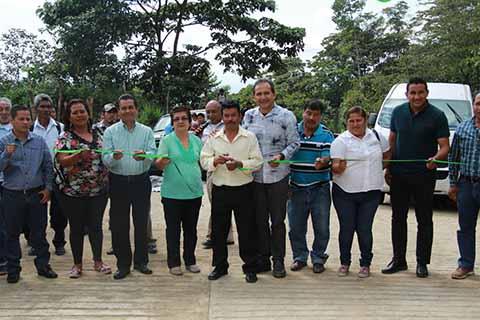 Ayuntamiento de Cacahoatán Inaugura Pavimentación con Concreto Hidráulico