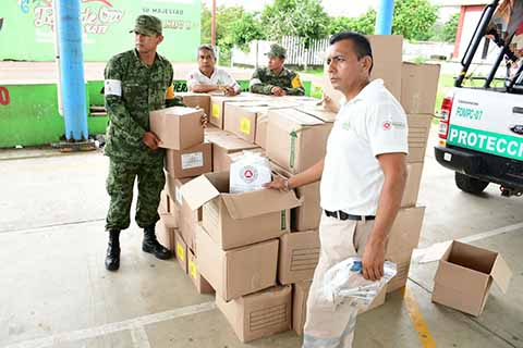 Agradece Enrique Álvarez a Protección Civil por la Ayuda Humanitaria en Cacahoatán