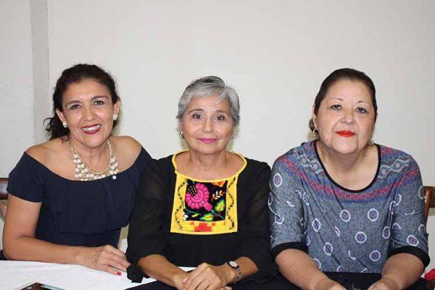 Elizabeth García, Patricia Ramo, Guadalupe Pedrero.