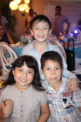 Elisa, Samuel, Claudio Ríos.