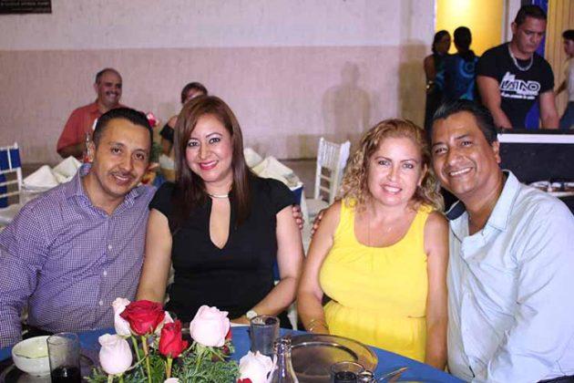 Javier González, Nancy de González, Edna Negrete, Juan García.