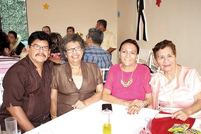 Teófilo de León, Elisa Zárate, Elizabeth González, Cristina Toledo.