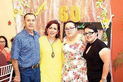 Víctor Vargas, Sandra Ruiz, Astrid, Mariela Vargas.