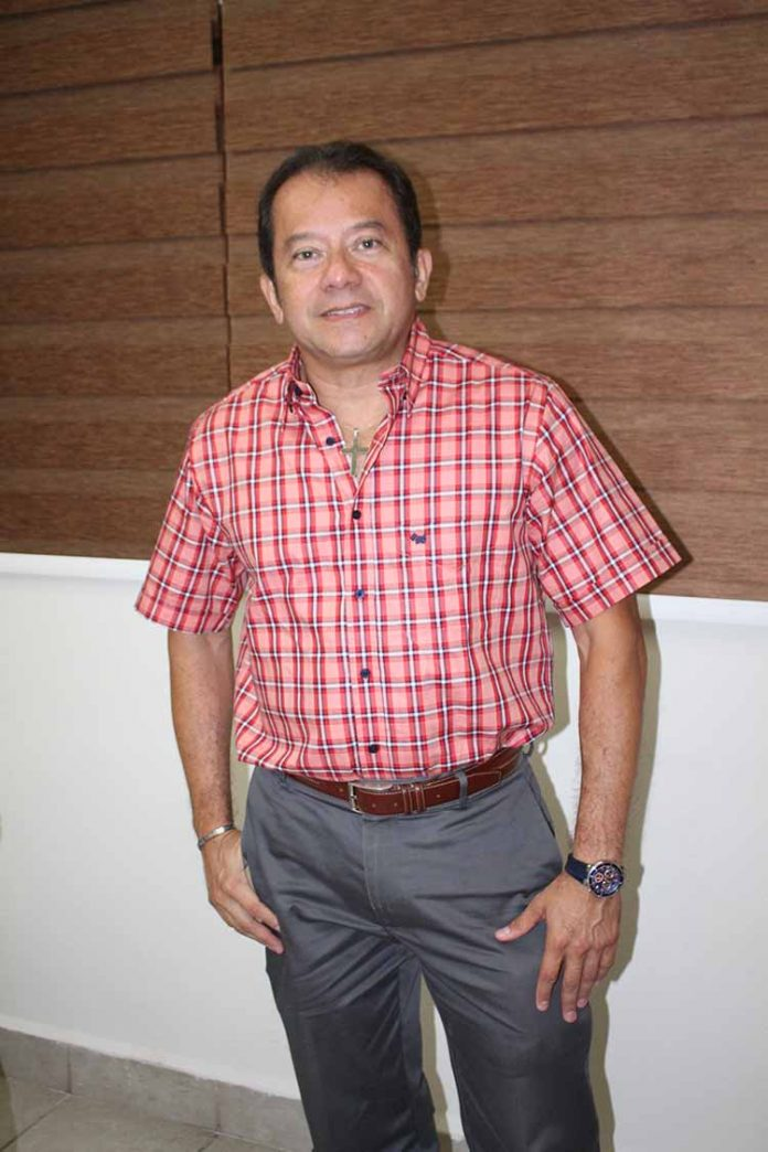 Manuel Hernández.