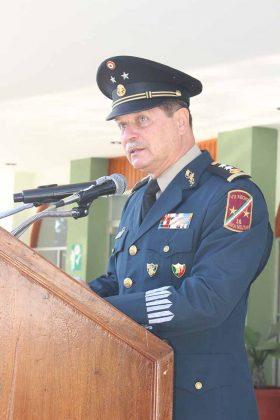 Jens Pedro Lohmann Iturburu, Comandante de la 36° Zona militar felicitó al personal que se hicieron acreedores de distinciones y jerarquías.
