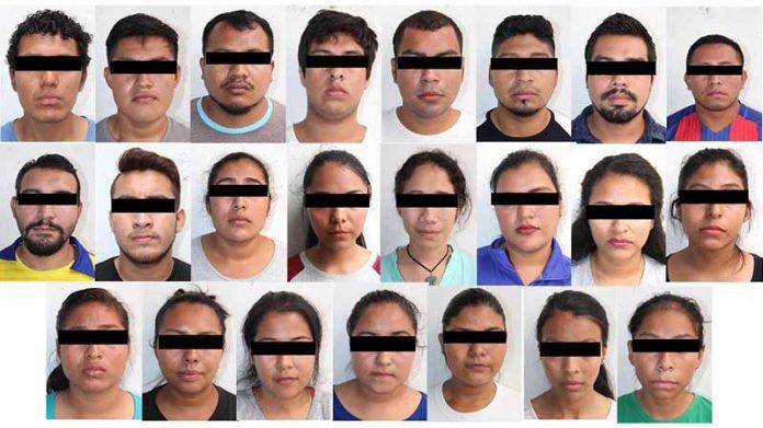 Detienen a 23 Personas Relacionadas al Vandalismo en la Sría. de Educación