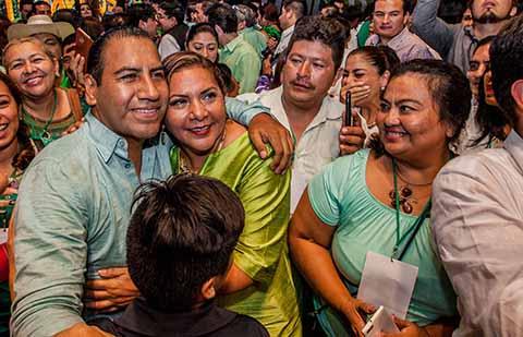 Desde el municipio de Berriozábal los exhortó a trabajar en unidad y fortalecer las propuestas políticas, sin descalificaciones.